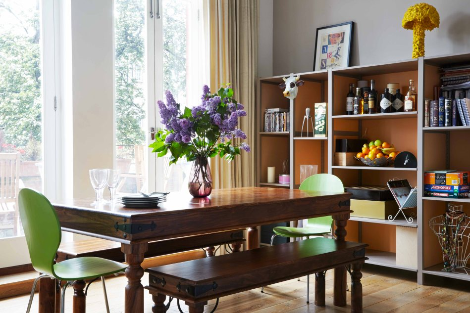 Dining table with lilac - Hoxton